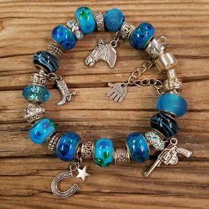 Nwot Country Western beaded Bracelet